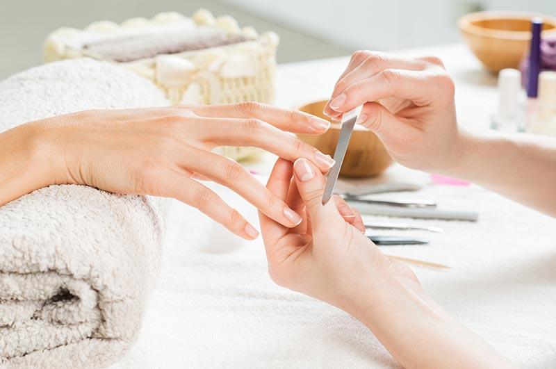 sposoby na przyspieszenie wzrostu paznokci