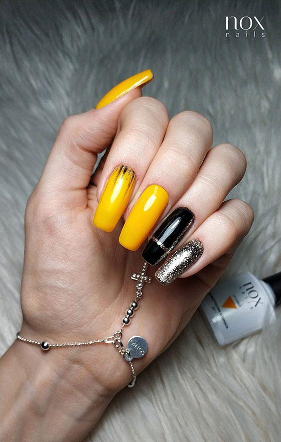 Żółty manicure na jesień