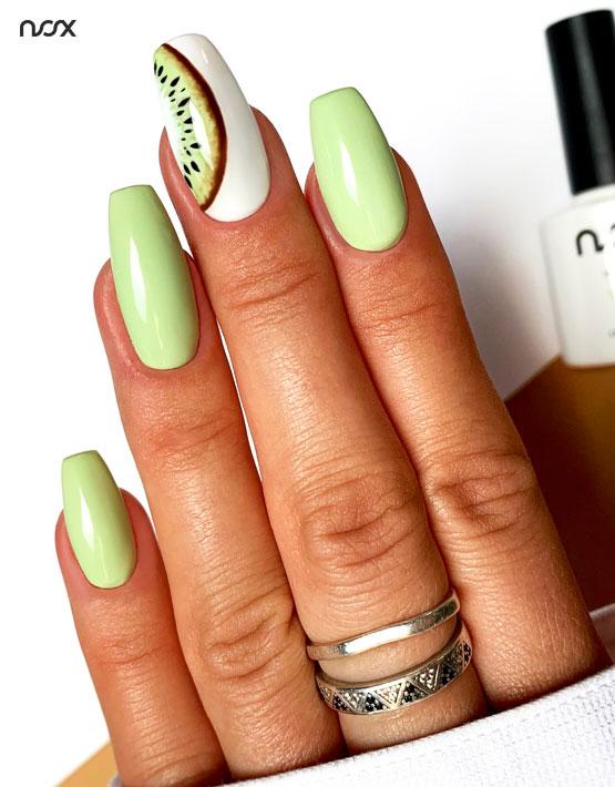 Jasnożółte paznokcie hybrydowe